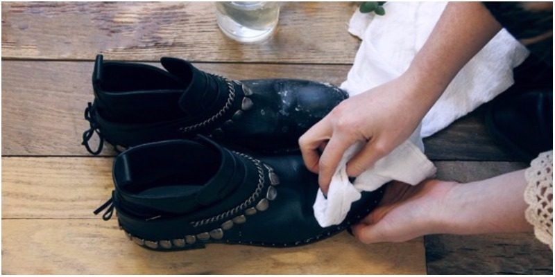 3 cách khắc phục giày da bị bong tróc với những nguyên liệu có sẵn