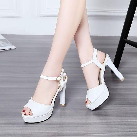 giày cao gót hở mũi cho bàn chân La Mã